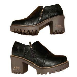 NWOT Black platform loafer heel ankle bootie